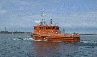Hydrographic survey vessel equipped with swath